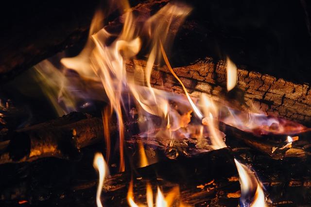 fire-932296_640